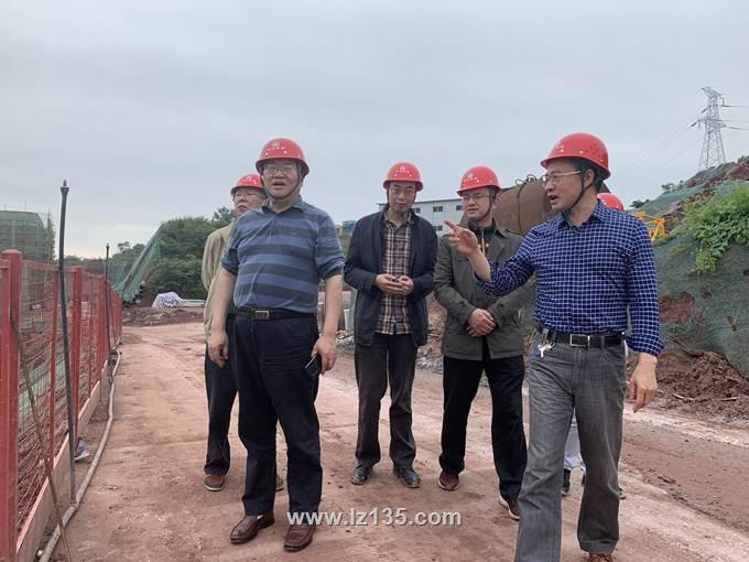 副局长王永奎到一三五队龙涧书苑项目部检查指导工作