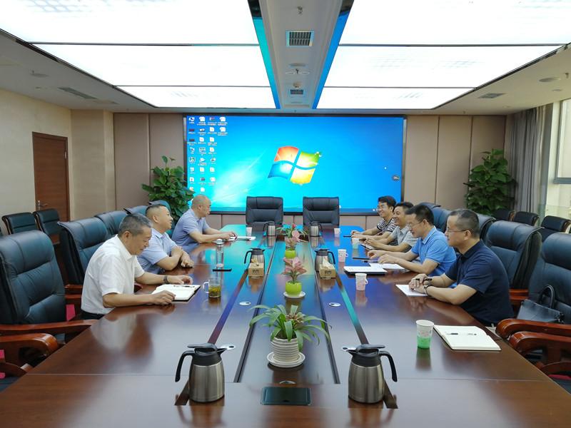 一三五队党委书记、队长戴敬儒带队到泸州市交通运输局交流座谈