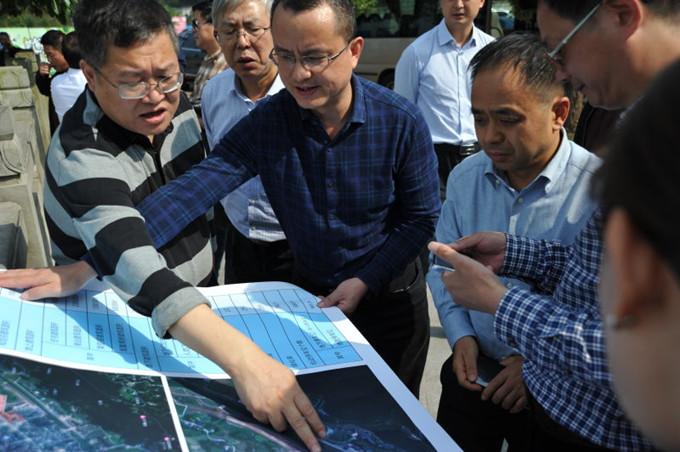 局党委书记、局长刘荣一行到一三五队泸县公共医疗卫生PPP项目调研