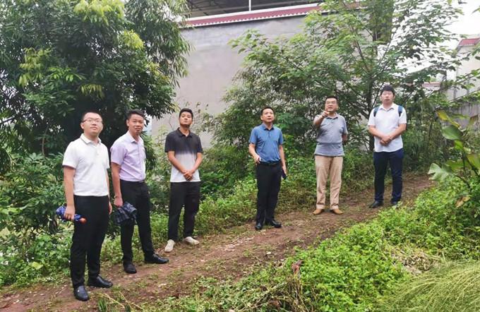 省自然资源厅领导到泸县督导检查震后地灾防治工作